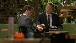Paul Robinson, Ezra Hanley in Neighbours Episode 7018