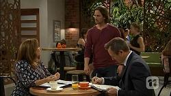 Terese Willis, Brad Willis, Ezra Hanley in Neighbours Episode 7018