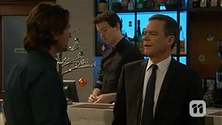 Brad Willis, Paul Robinson in Neighbours Episode 7021