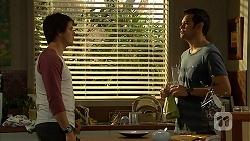 Chris Pappas, Nate Kinski in Neighbours Episode 7021