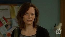 Erin Rogers in Neighbours Episode 7022