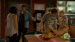 Naomi Canning, Gary Canning, Kyle Canning, Georgia Brooks, Sheila Canning in Neighbours Episode 7023