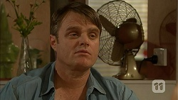 Gary Canning in Neighbours Episode 7023