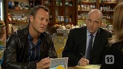 Ezra Hanley, Tim Collins, Terese Willis in Neighbours Episode 7026