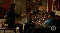 Naomi Canning, Nate Kinski, Chris Pappas in Neighbours Episode 7027