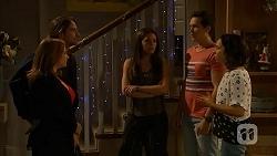 Terese Willis, Brad Willis, Paige Novak, Josh Willis, Imogen Willis in Neighbours Episode 7028