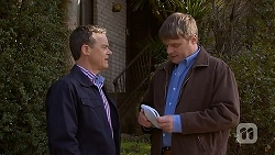 Paul Robinson, Gary Canning in Neighbours Episode 7030