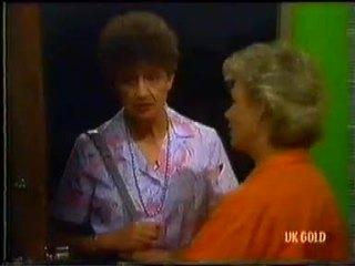 Nell Mangel, Helen Daniels in Neighbours Episode 0454