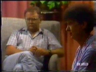 Harold Bishop, Nell Mangel in Neighbours Episode 0454
