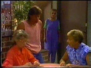 Helen Daniels, Mike Young, Daphne Clarke, Eileen Clarke in Neighbours Episode 0454