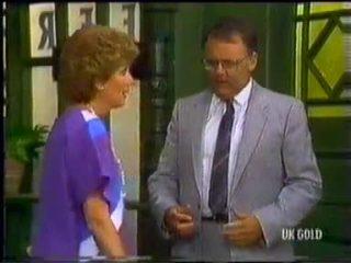 Madge Mitchell, Harold Bishop in Neighbours Episode 0454
