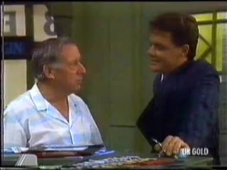 Rob Lewis, Paul Robinson in Neighbours Episode 0455