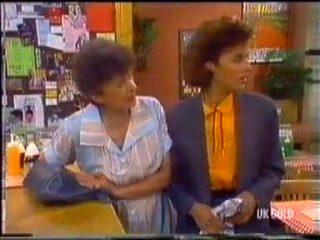 Nell Mangel, Gail Robinson in Neighbours Episode 0455