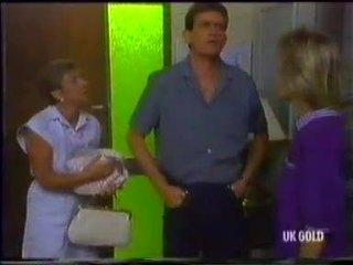 Eileen Clarke, Des Clarke, Daphne Clarke in Neighbours Episode 0455