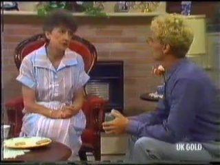 Nell Mangel, Dean Bartholomew in Neighbours Episode 0455