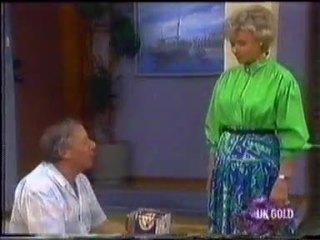 Rob Lewis, Helen Daniels in Neighbours Episode 0455