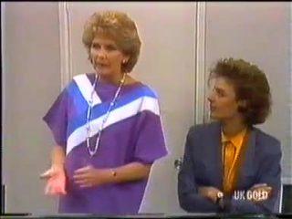 Madge Bishop, Gail Robinson in Neighbours Episode 0455