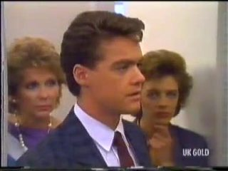 Madge Bishop, Paul Robinson, Gail Robinson in Neighbours Episode 0455