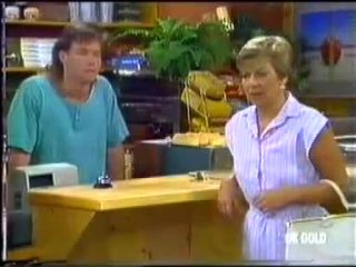 Mike Young, Eileen Clarke in Neighbours Episode 0456