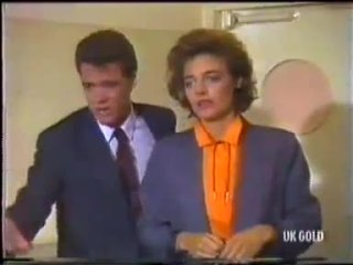 Paul Robinson, Gail Robinson in Neighbours Episode 0456