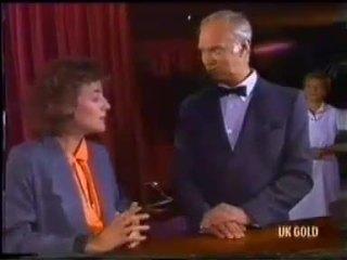 Gail Lewis, Bernard Elliott in Neighbours Episode 0456
