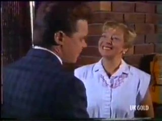 Paul Robinson, Eileen Clarke in Neighbours Episode 0456