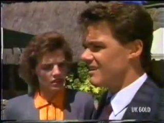 Gail Robinson, Paul Robinson in Neighbours Episode 0456