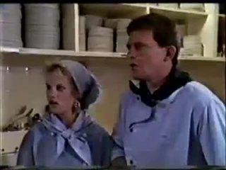 Daphne Clarke, Des Clarke in Neighbours Episode 0457