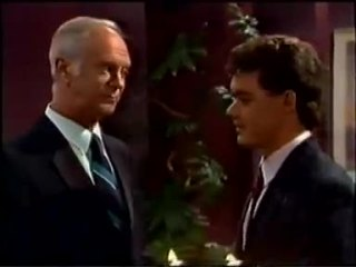 Bernard Elliott, Paul Robinson in Neighbours Episode 0457