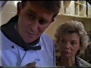 Des Clarke, Helen Daniels in Neighbours Episode 0457