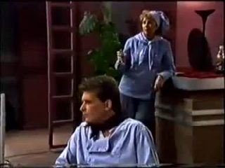 Madge Bishop, Des Clarke in Neighbours Episode 0457