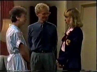 Nell Mangel, Dean Bartholomew, Jane Harris in Neighbours Episode 0457