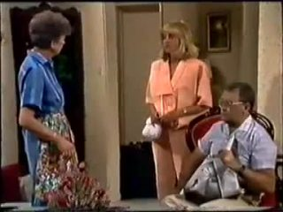 Nell Mangel, Jane Harris, Harold Bishop in Neighbours Episode 0458