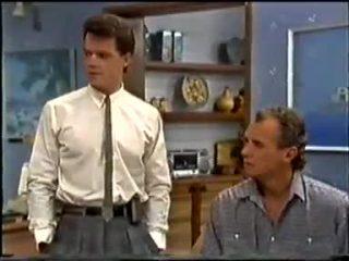 Paul Robinson, Jim Robinson in Neighbours Episode 0458