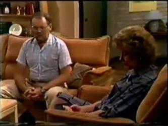 Harold Bishop, Madge Bishop in Neighbours Episode 0459