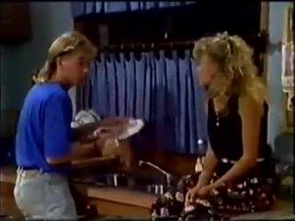 Scott Robinson, Charlene Mitchell in Neighbours Episode 0459