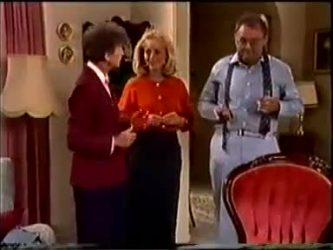 Nell Mangel, Jane Harris, Harold Bishop in Neighbours Episode 0459