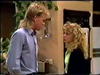Scott Robinson, Charlene Mitchell in Neighbours Episode 0460