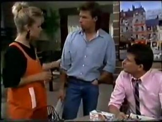 Daphne Clarke, Mike Young, Des Clarke in Neighbours Episode 0460