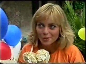 Jane Harris in Neighbours Episode 0462
