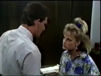 Des Clarke, Daphne Clarke in Neighbours Episode 0462