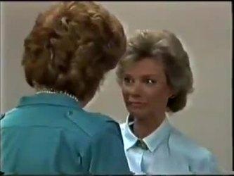 Madge Bishop, Helen Daniels in Neighbours Episode 0462