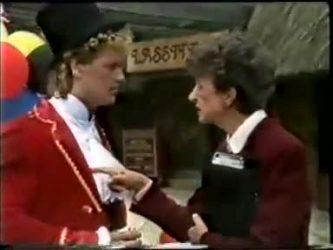 Henry Ramsay, Nell Mangel in Neighbours Episode 0462