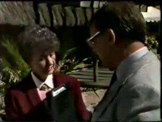 Nell Mangel, Harold Bishop in Neighbours Episode 0462