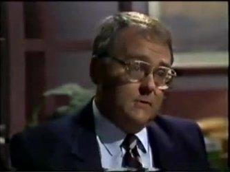 Harold Bishop in Neighbours Episode 0462