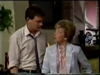 Des Clarke, Eileen Clarke in Neighbours Episode 0463