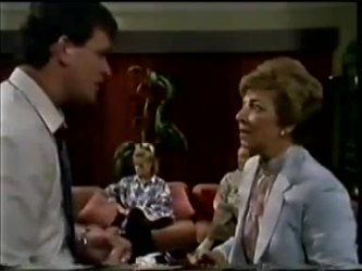 Des Clarke, Daphne Clarke, Eileen Clarke in Neighbours Episode 0463