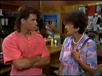Mike Young, Nell Mangel in Neighbours Episode 0465