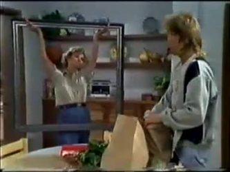 Helen Daniels, Scott Robinson in Neighbours Episode 0465