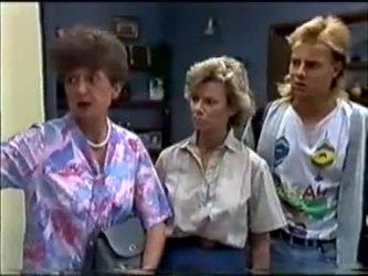 Nell Mangel, Helen Daniels, Scott Robinson in Neighbours Episode 0465